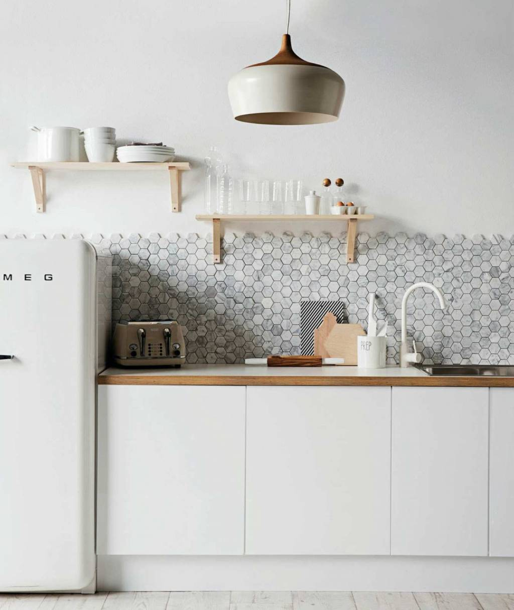backsplash-white-kitchen-ideas