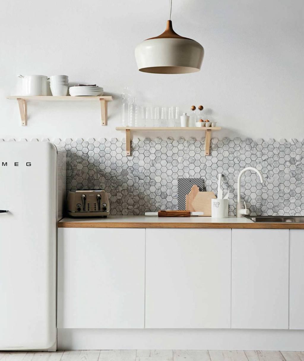 backsplash-white-kitchen-ideas